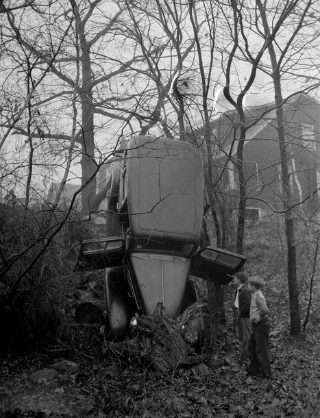 One photographer captured a decade of surreal 1930s car crashes | Scoopamo awesome | Scoop.it