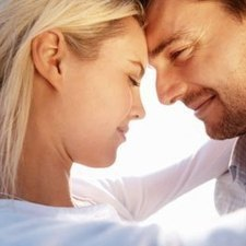 Top 9 Tips for Dating an Older Man | Younger women looking for older men | Scoop.it