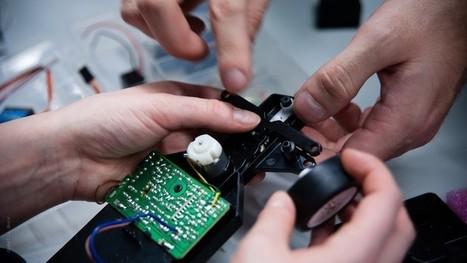 C'est quoi un Fablab ? Deviens un maker et donne vie à tes idées ! - Geek Junior - | Brèves de bibliothèque(S) | Scoop.it