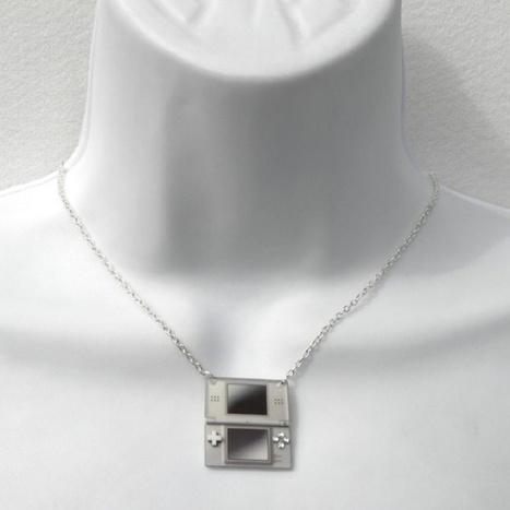 Girl Gamer Necklaces: Because Chicks Dig Video Games Too | All Geeks | Scoop.it