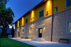 Best Le Marche Accommodation | Relais Villa Fornari, Camerino | Le Marche Properties and Accommodation | Scoop.it