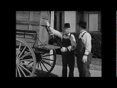 """Laurel and Hardy in """"The Music Box"""" 