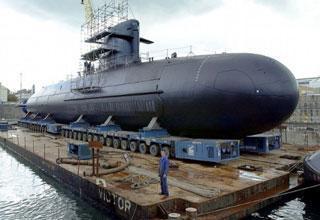 Le premier sous-marins Scorpene indien en phase construction avancée a été mis sur un ponton flottant au chantier Mazagon Docks | Newsletter navale | Scoop.it