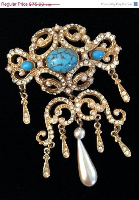 Vintage Sphinx Large Opulent Brooch   Vintage Jewelry   Scoop.it