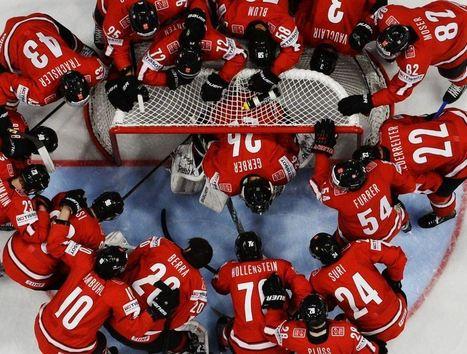 Imagen - Los jugadores de Suiza rodean a su portero antes del inicio del partido | Noticias del Deporte - Sport News www.noticiasdeldeporte.com | Scoop.it