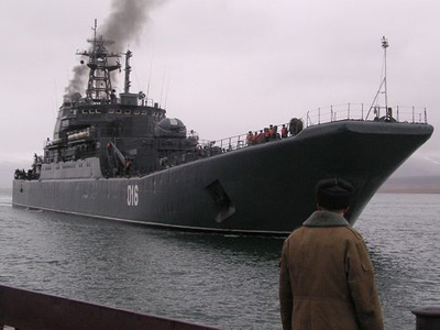 #Russia warships can dock in #Syria for resupply - Ministry of Defense | From Tahrir Square | Scoop.it