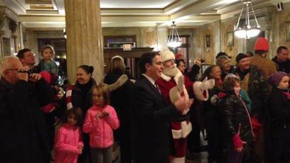 Springfield celebrates Christmas lighting ceremony at Court Square, centennial ... - MassLive.com   Apostilas para concursos públicos JE Concursos   Scoop.it
