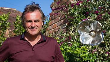 BBC Two - Paul Martin's Handmade Revolution  - Arts & Crafts Handbook   shubush jewellery adornment   Scoop.it