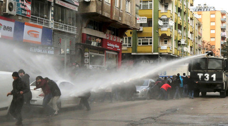 Thousands of protesters tear-gassed by Turkish police in Kurdish city | Saif al Islam | Scoop.it