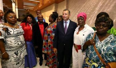Le Gouverneur Bamanisa rencontre la diaspora à l'Ambassade. | CONGOPOSITIF | Scoop.it