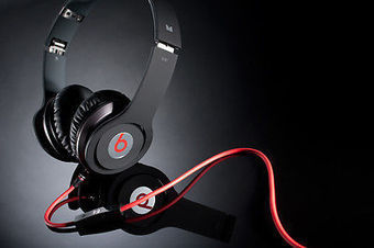 Beat By Dre Solo HD On Ear Headphone with VAT Paid Bill+ Manufacturer Warranty | Private | Scoop.it