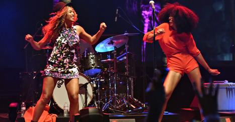 Beyonce Crashes Coachella With Surprise Dance Break [VIDEO] | Top Stories | Scoop.it