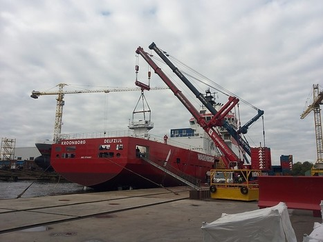 Wagenborg handles 85-tonne Barge Master crane for new 'walk-to-work' vessel   Marine & Vessels   Scoop.it