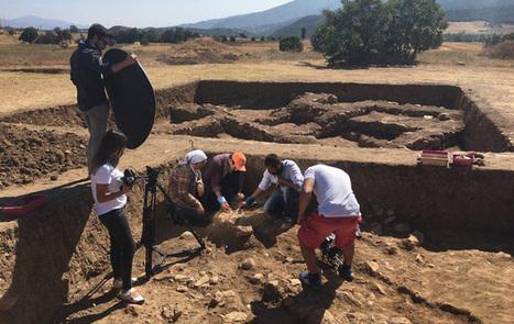 Encuentran en un pasadizo secreto en Turquía el primer esqueleto de época hitita de hace 3.300 años | Centro de Estudios Artísticos Elba | Scoop.it