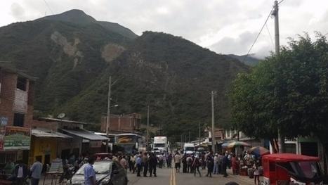 PERÚ - Ronderos bloquean vía Belaunde Terry durante paro de 24 horas, Cajamarca | Sindicalismo en PERÚ | Scoop.it