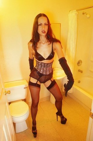 I Became Addicted to Money as a Dominatrix and Could Have Ended Up Like Alix Tichelman - NEWS | Phones | Nigeria Science | Technology |Computers | Life of a Dominatrix | Scoop.it
