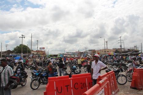 Mototaxistas desbloquean accesos vehiculares de Bazurto   El Universal Cartagena   Caribe Colombiano   Scoop.it