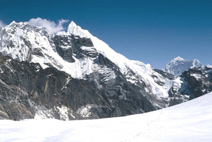 Lobuche Peak Climbing | Lobuche Expedition | Trekking in Nepal | Nepal Expedition | Mountain(peak) Climbing | Scoop.it