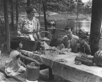 Library & Archives News: The Tennessee State Library and Archives Blog: Picnics are an Independence Day tradition | Tennessee Libraries | Scoop.it
