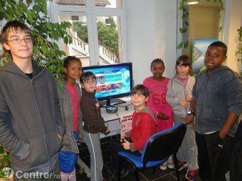 La bibliothèque propose des jeux vidéos | graphiste | Scoop.it
