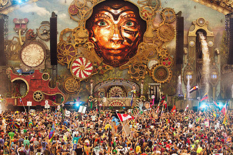 TomorrowWorld 2015 Day 1 Highlights: Kaskade, Tchami, Shaq (aka DJ Diesel) & More | Billboard | GetAtMe | Scoop.it