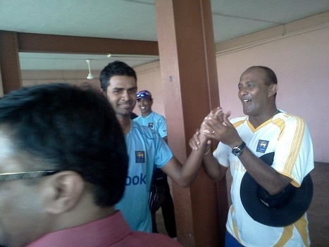 Photo: Thirimanne feeds Tillakaratne some cake | Best of Island Cricket | Scoop.it