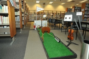 Putt-ing the Fun in LibraryFundraiser: Caddy Stacks Mini Golf | Cha-Ching | Scoop.it