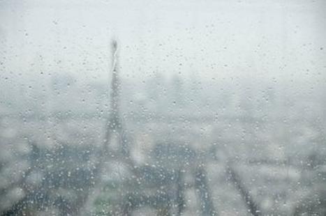 Un verre intelligent qui produit de l'électricité renouvelable grâce à la pluie et au vent | CRAKKS | Scoop.it