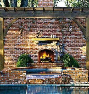 Backyard Fireplace < Our Coziest Fireplaces - MyHomeIdeas.com | Home Improvement and DIY | Scoop.it