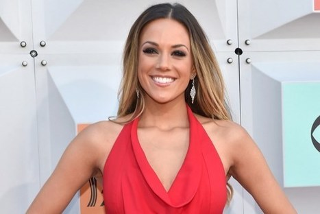 Jana Kramer Shares Details of Delivery | Country Music Today | Scoop.it