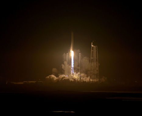 Orbital ATK's Antares Rocket Returns to Flight with Gorgeous Night Cargo Launch | More Commercial Space News | Scoop.it