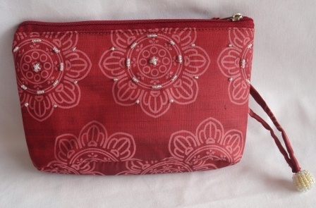 Handmade Silk Makeup Bag, ethically handcrafted by disabled producer group | Jewelry Making & Beginning Stain Glass | Scoop.it