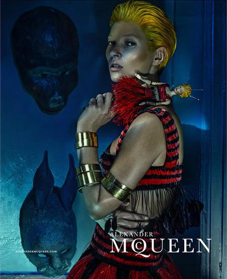 Kate Moss pour Alexander McQueen : coupe et visage à la Tilda Swinton | lucileee* | Scoop.it