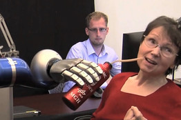 Stroke Victims Move Robot Arm With Thoughts | The Robot Times | Scoop.it