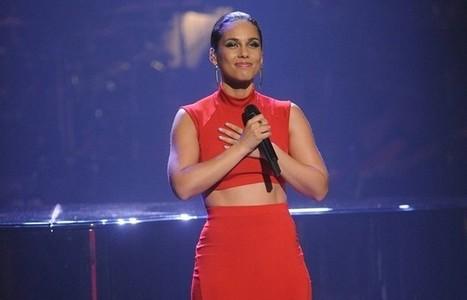 Alicia Keys chantera l'hymne américain au Superbowl | #ForestTimeline | Scoop.it