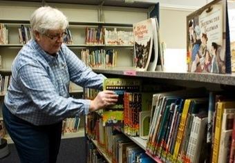 Volunteers keep St. Marys schools' libraries operating - The Daily Standard | School Libraries | Scoop.it