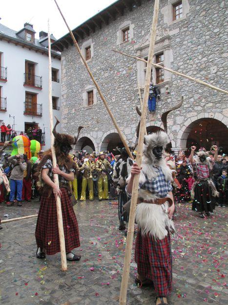 Défilé de Trangas au carnaval de Bielsa | Vallée d'Aure - Pyrénées | Scoop.it