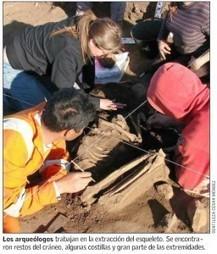 Arqueólogos de Chile relatan el hallazgo de un esqueleto humano ... - piensaChile | historian: science and earth | Scoop.it
