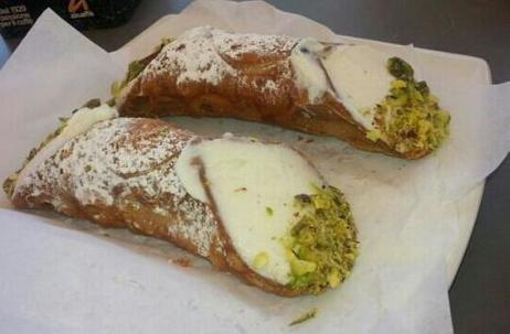 The Legend of the Cannolo's Invention | Tripping Sicily | Scoop.it