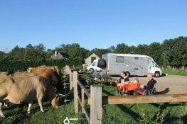 Étape à la ferme à Laguiole: l'aire de la Montagnette a... | L'info tourisme en Aveyron | Scoop.it