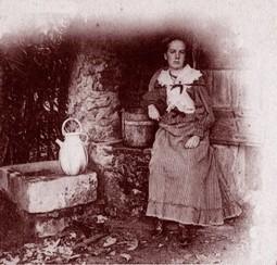 Une fille de Bacchus (Toulon, janvier 1881) | Rhit Genealogie | Scoop.it