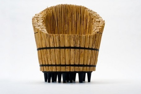 STIK Chair Made From Bundles of Tightly Stacked Twigs Shows the Creative Power of Addition | L'Etablisienne, un atelier pour créer, fabriquer, rénover, personnaliser... | Scoop.it