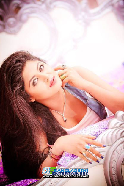 model-and-film-actress-mousumi-hamid-2   BANGLADESHI ENTERTAINERS   Scoop.it