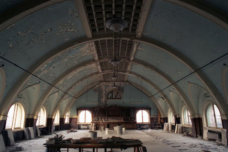The Kingston Lounge: The Divine Lorraine Hotel, Philadelphia, PA | Modern Ruins, Decay and Urban Exploration | Scoop.it