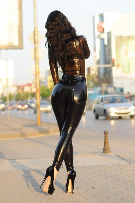 Latex Shirt and Jeans | The Beautiful Marilyn Yusuf (latex in public) | Scoop.it