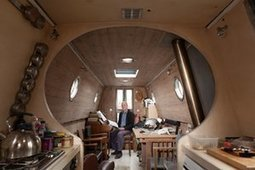 Go with the flow … inside houseboats on the river Thames – in pictures | Convincingly Contrarian Crumbs | Scoop.it