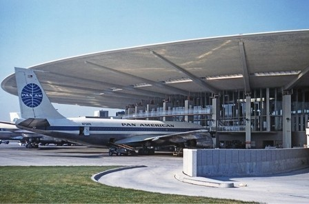 """Pan-Am Terminal at JFK: """" What do you think? Save or scrap?"""" 