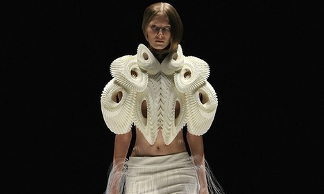 3D-printed fashion: off the printer, rather than off the peg | A Passion For Print | Scoop.it