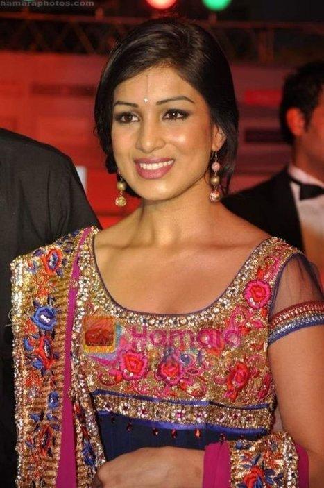 pallavi sharda in besharam movie - photo #20