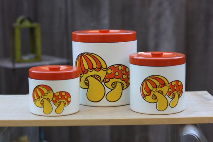 Set of 3 Retro Mushroom Canisters | Kitsch | Scoop.it